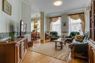 аренда классической 3-комнатной квартиры в самом центре Санкт-Петербург