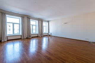 аренда современной 6-комнатной квартиры в самом центре С-Петербург