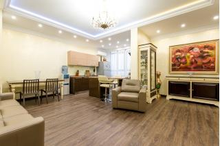 rent penthouse at 5, Divenskaya Street Saint-Petersburg