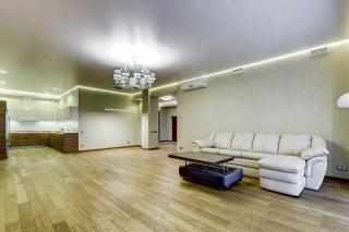 сниму современную квартиру в элитном ЖК Санкт-Петербург