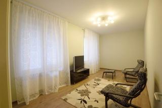 арендовать светлую 3-комнатную квартиру в новом ЖК С-Петербург