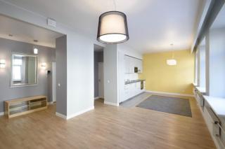 арендовать 4-комнатную квартиру на Малой Конюшенной улице Санкт-Петербург