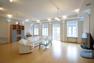 аренда элитной недвижимости в самом центре Санкт-Петербурга
