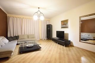 арендовать элитную 3-комнатную квартиру в историческом центре С-Петербурга