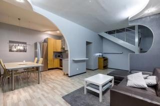снять современную 4-комнатную квартиру Калининский район Санкт-Петербург