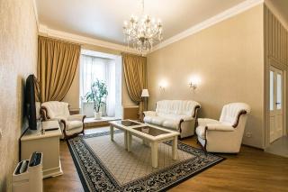сниму 3-комнатную квартиру на Аптекарской наб. Санкт-Петербург