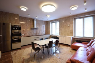 арендовать 5-комнатную квартиру в элитном ЖК Санкт-Петербург