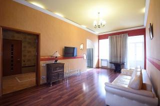 арендовать 3-комнатную квартиру в элитном доме Санкт-Петербург