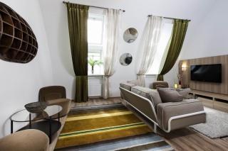 арендовать квартиру с балконом на Васильевском острове СПБ