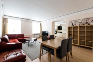 аренда стильной 4-комнатной квартиры в центре С-Петербург